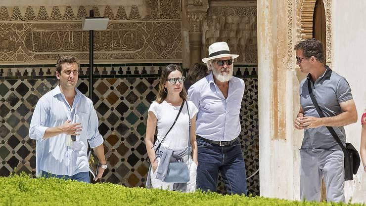 Der US-Schauspieler Harrison Ford (mit Hut) spielt erneut eine Hauptrolle im geplanten neuen Indiana-Jones-Film. (Archivbild)