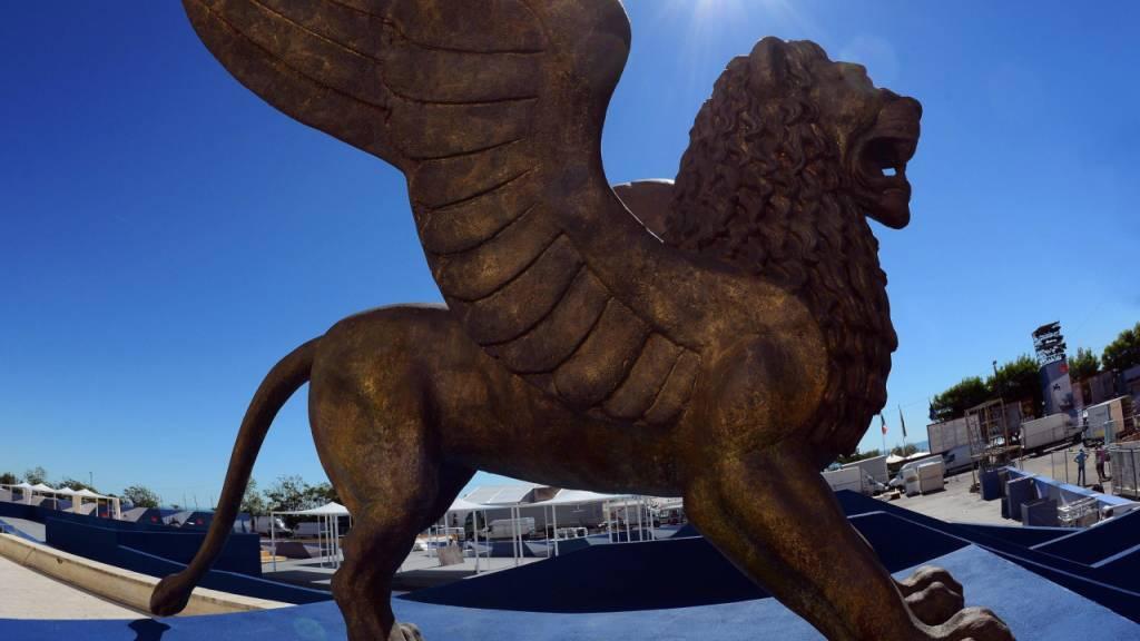 ARCHIV - Der geflügelte Goldene Löwe, Symbol der Internationalen Filmfestspiele von Venedig. Foto: Claudio Onorati/ANSA/epa/dpa