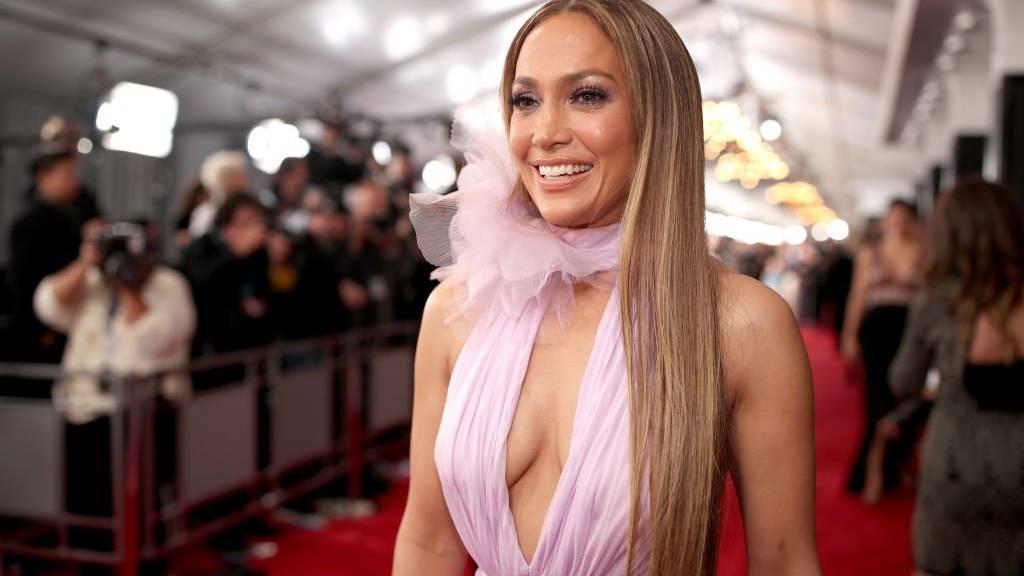 Wie alt ist Jennifer Lopez?