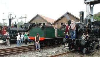 Schnaubende Dampfloks zum 150-Jahr-Jubiläum: Auf dem Bahnhofgelände in Koblenz sind historische Fahrzeuge zu bestaunen.