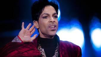 Prince an einem Konzert in Budapest im August 2011. (Archiv)