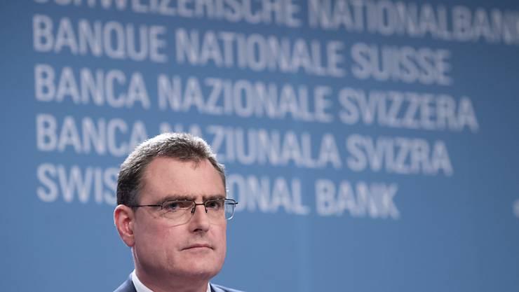 SNB-Direktoriumspräsident Thomas Jordan ruft die Banken zur Mithilfe bei der Bewältigung der Corona-Krise auf. (Archivbild)