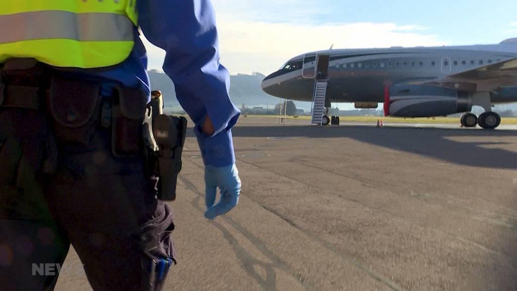Einsatz Grenzwache: Reichtum und Luxus am Flughafen Belp