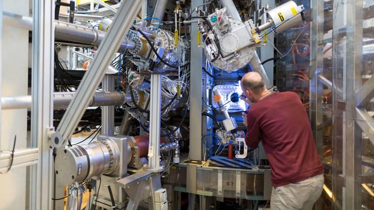 Mit EU-Forschungsgeldern gefördert: Der experimentelle Kernfusionsreaktor Tokamak an der ETH Lausanne.