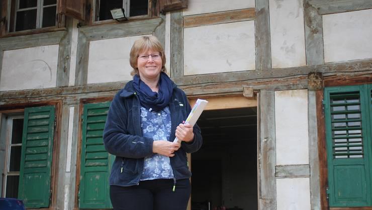 Regisseurin Yvonne Hofer am Spielort in Lüterswil.