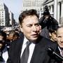 Will vor der Konkurrenz starten: Tesla-Chef Elon Musk (Archivbild)