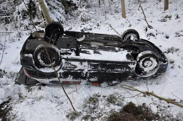 Eine Automobilistin verlor dabei die Kontrolle über ihr Fahrzeug.