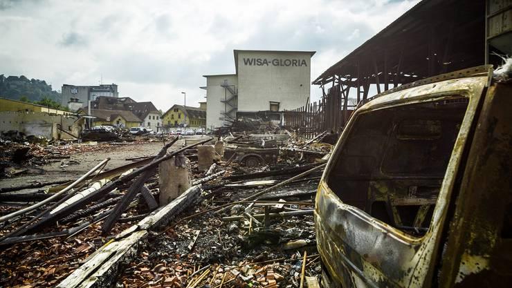 Der Brandplatz beim Wisa-Gloria Areal in Lenzburg, fotografiert zwei Wochen nach dem verheerenden Feuer am frühen Morgen des 29. September 2016.