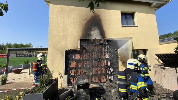 Der Brand richtete grossen Sachschaden an.