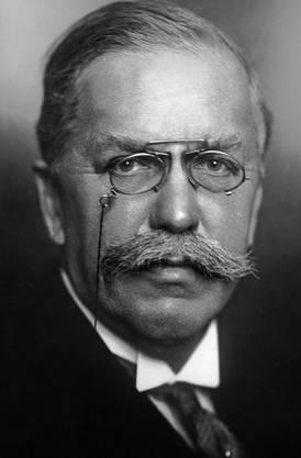 Edmund Schulthess, FDP, sass in schwierigen Krisenjahren im Bundesrat, von 1912 bis 1935.