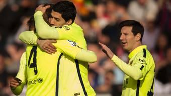 Barças Torschützen (v.l.) Rakitic, Suarez und Messi