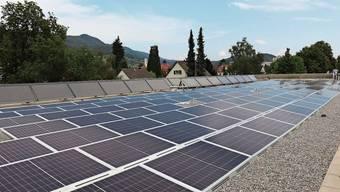 Wer eine Fotovoltaikanlage baut, erhält von der Stadt Baden einen finanziellen Beitrag.