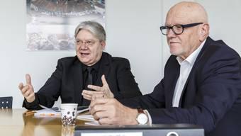 Andreas Spörri, Dirigent und der Initiant der Classionata (l.) und Peter Kammer, Präsident des Gönnervereins (r.), erklären, warum das Musikfestival ab 2019 in Solothurn stattfinden wird.