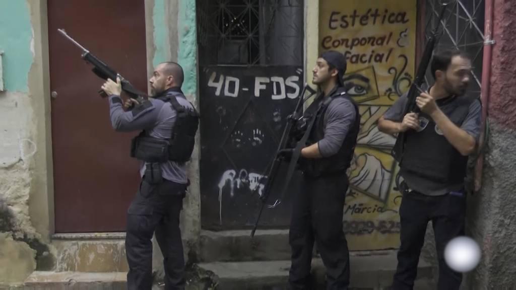 Mindestens 25 Tote: Blutigster Polizeieinsatz in Rios Geschichte