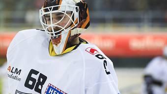 Goalie Dominic Nyffeler ist mit Ajoie schon für die Playoffs qualifiziert. Gegen seinen künftigen Klub Kloten glänzte er beim 5:0-Heimsieg der Jurassier mit einem Shutout
