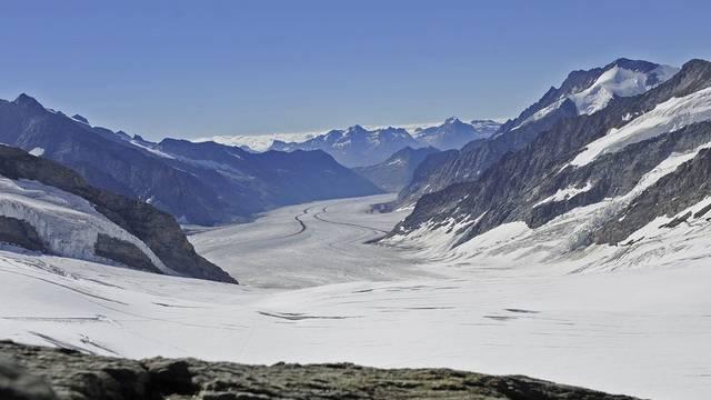 Jahrhundertelang gefährdete das Wachstum der Gletscher die Bewohner - heute beunruhigt das Schmelzen der Gletscher die Menschen (Archiv)