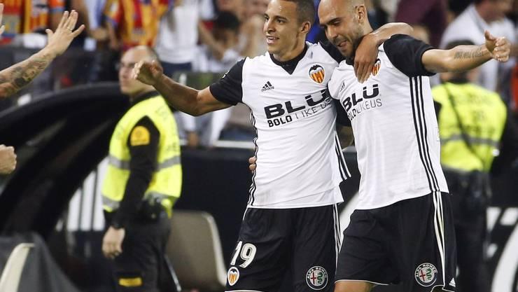 In Festlaune: Simone Zaza (rechts) und sein Valencia-Teamkollege Rodrigo Moreno