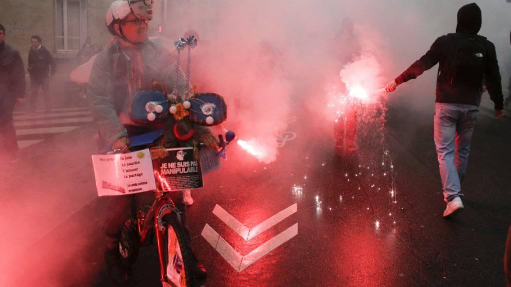 Protestszene am Donnerstag in Paris.