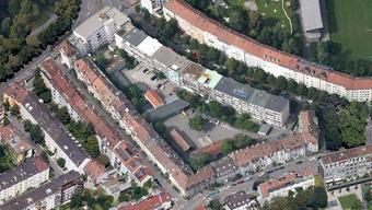 In diesem Innenhof am Riehenring 3 sollen die Genossenschaftswohnungen entstehen.
