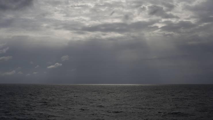 ARCHIV - Nach einem Bootsunglück vor der Küste Libyens befürchtet die Internationale Organisation für Migration (IOM) erneut viele Tote. Foto: Renata Brito/AP/dpa