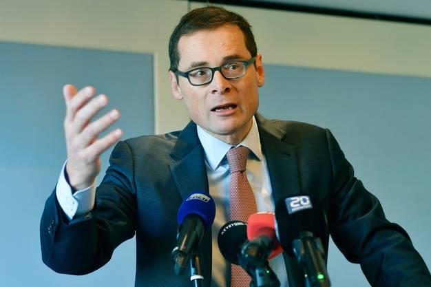 Muss Zusammenfassung eines Urteils publizieren: «Weltwoche»-Verleger und Zürcher SVP-Nationalrat Roger Köppel.
