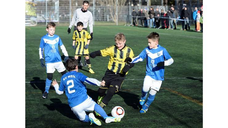 Die Old Boys setzen sich im Grenzderby gegen den SV Weil durch.