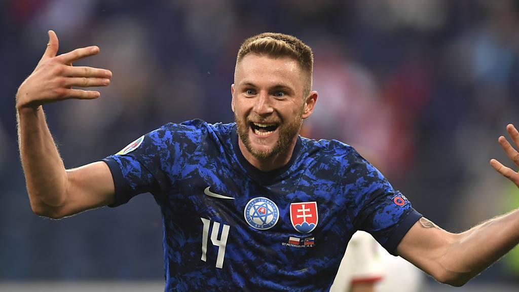 Aussenseiter Slowakei schlägt Polen mit 2:1