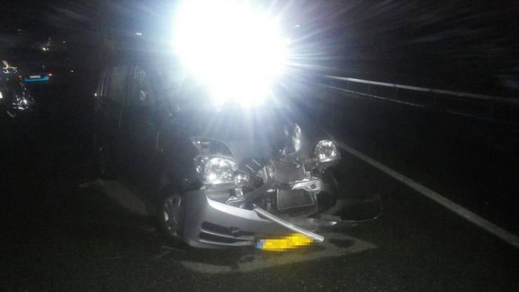 Der Verkehrsunfall ereignete sich in einer Fahrzeugkolonne zwischen Kaiseraugst in Richtung Rheinfelden.
