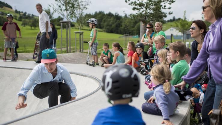 Nicht nur mit einem Skatepark wollte man die Jugend im Dorf behalten, auch kam bereits die Idee eines Seilparks und einem Bike-Trail im Schlieremer Wald auf. Keiner dieser Ideen wurde bisher konkreter. (Symbolbild)