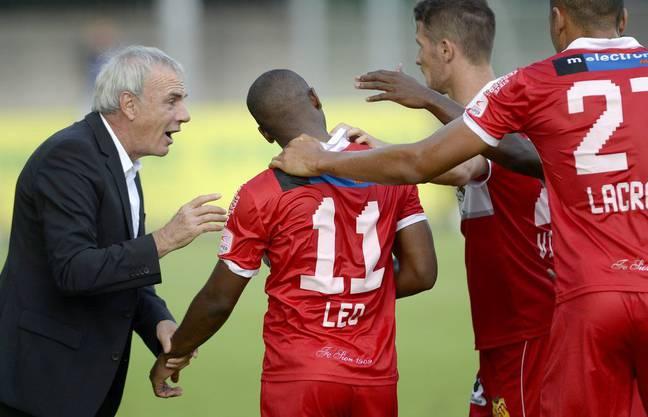 Sion-Trainer Michel Decastel und Torschütze Léo
