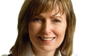 Nach Aufdeckung ihres gefälschten Lebenslaufes hat die deutsche SPD-Bundestagsabgeordnete Petra Hinz ihr Mandat aufgrund politischen Drucks niedergelegt.