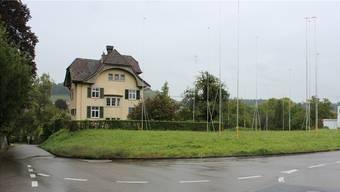 Neben der altehrwürdigen Villa am Kulmerweg sollen zwei Mehrfamilienhäuser entstehen. Bild: asu