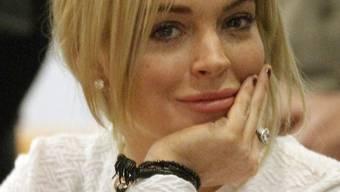 Lindsay Lohan könnte der Diebstahl einer Goldkette teuer zu stehen bekommen