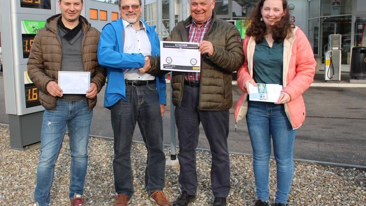 Antonio Fodaro, Damian Stäger, Martin Sollberger (Präsident AGVS, Sektion Aargau) und Fabienne Lüscher (v.l.n.r.) Foto: CRC
