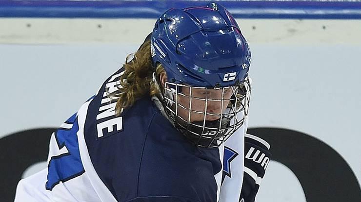 Der 18-jährige Powerstürmer (1,94m, 95kg) macht Auston Matthews grosse Konkurrenz im Rennen um den Nummer-eins-Pick im kommenden NHL-Draft. Der Jungstar erzielte in den finnischen Playoffs eben 10 Tore in 18 Spielen.
