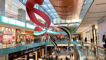Auch die Dubai Mall, hier ein Ausschnitt, gehört zu den Shopping-Centren, welche die Autorin besucht hat.