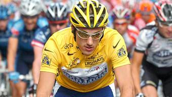 Fabian Cancellara im gelben Trikot des Gesamtführenden der Tour de France im Jahr 2004.