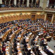 Blick in den Nationalratssaal bei der Bundesratswahl im vergangenen Dezember: Derzeit sitzen 66 Frauen und 134 Männer in der grossen Kammer. Im Ständerat, der kleinen Kammer, sind es 7 Frauen und 39 Männer.