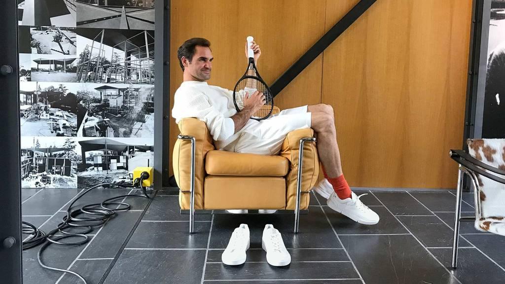 Fans greifen für Federer-Schuh tief in die Tasche