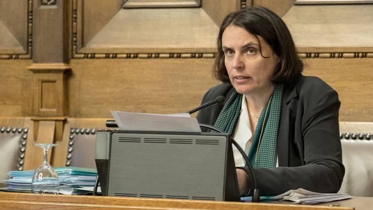 Erster Sitzungstag Elisabeth Ackermanns als Regierungspräsidentin.