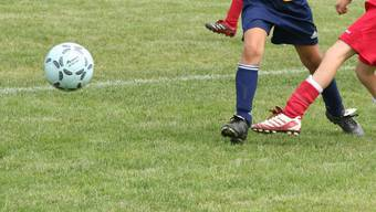 Der Junioren-Trainer des FC Lommiswil wurde als Lehrer in Mümliswil entlassen. Jetzt auch als Trainer. (Symbolbild)