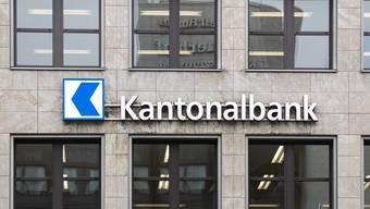 Auch die Kantonalbanken - grösste Anbieter am Hypomarkt - haben die Zinssätze leicht erhöht.