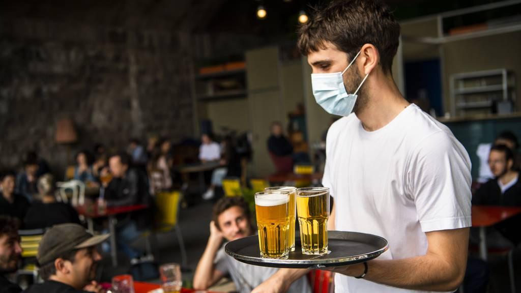 Viele Restaurants verzichten im Sommer auf Ferien