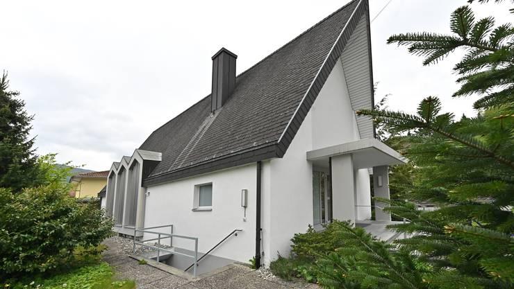 Die Bibliothek Balsthal ist in die ehemalige Neuapostolische Kirche gezogen.