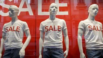 Besonders bei Billiganbietern in der Bekleidungsbranche wollten viele Kunden einkaufen. (Themenbild)