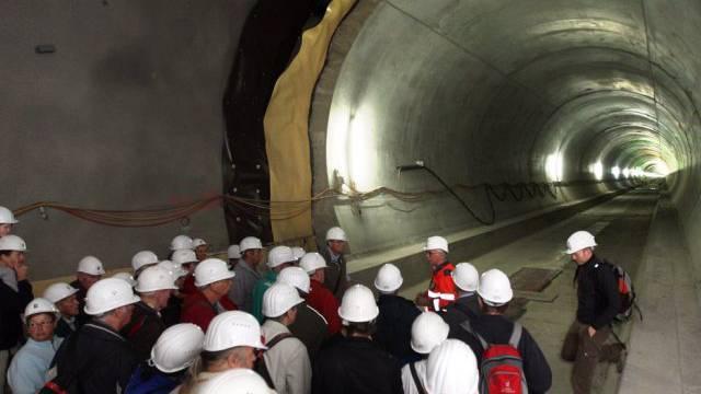Guckte nicht in die Röhre: Besucher im Neat-Tunnel (Archiv)