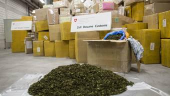 Khat-Fund am Zürich Flughafen: Knapp 4.5 Tonnen der Droge wurden sichergestellt.