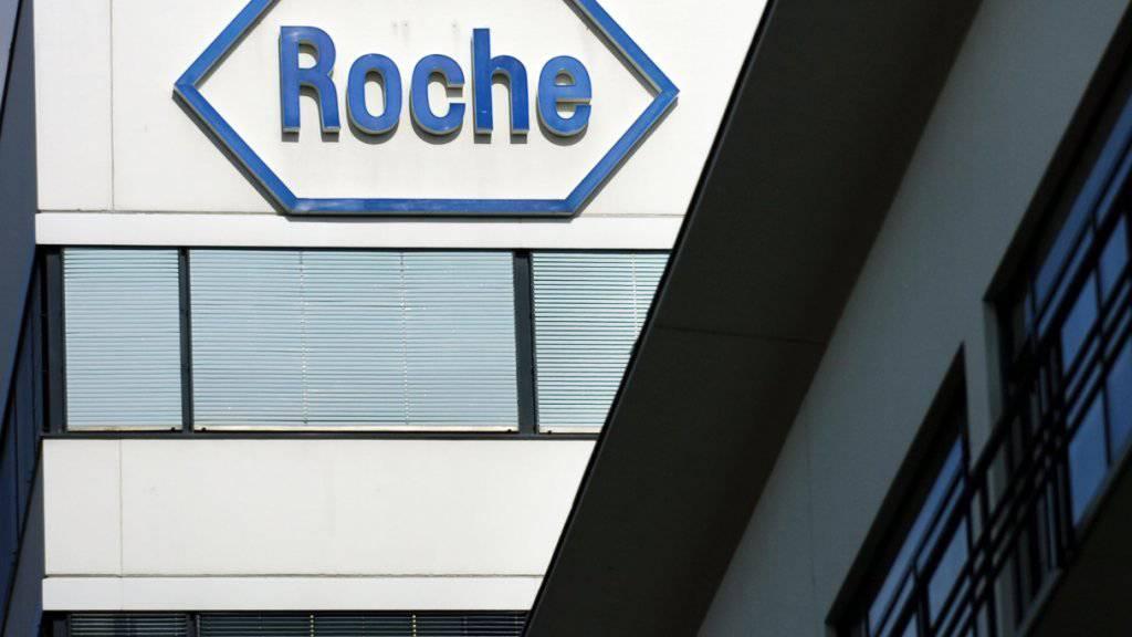Ein ehemaliger Manager des Pharmakonzerns Roche ist wegen Insiderhandel im Vorfeld des Übernahmenagebots für das US-Unternehmen Spark gebüsst worden. (Archivbild)