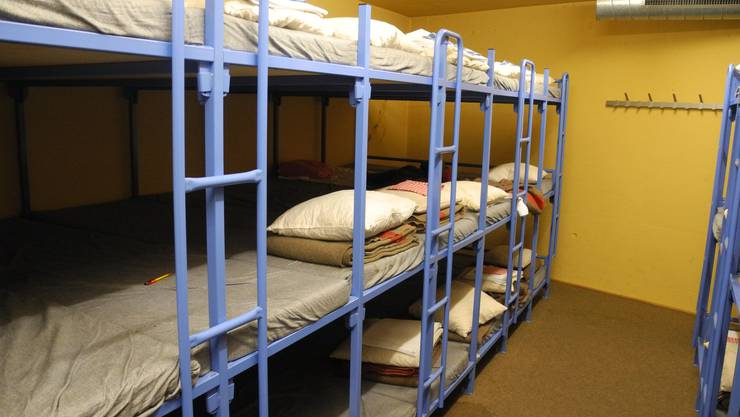 Im Massenschlag schlafen die Studenten.