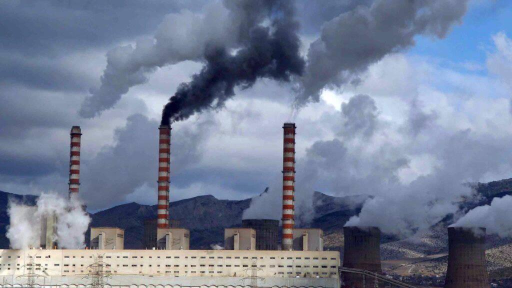 Nationale Pläne zu fossilen Brennstoffen torpedieren 1,5-Grad-Ziel